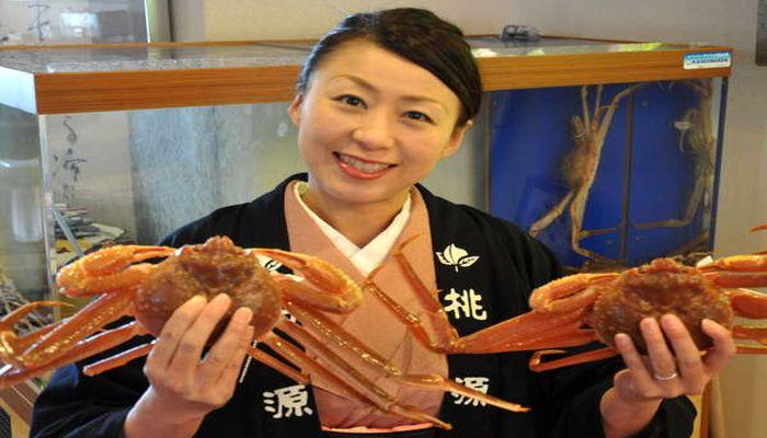 活き本ずわい蟹