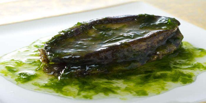 黒アワビのステーキ