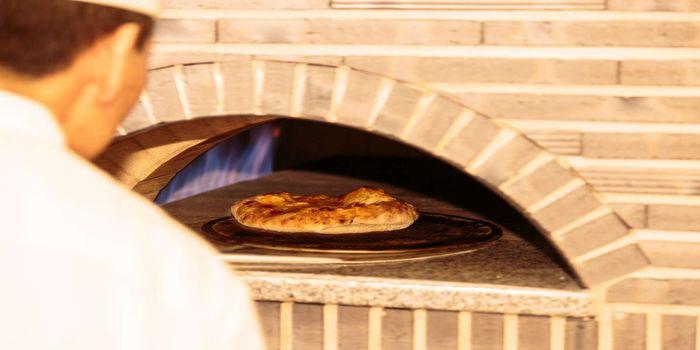 石窯焼きピザ
