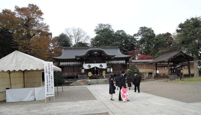 須賀神社の境内