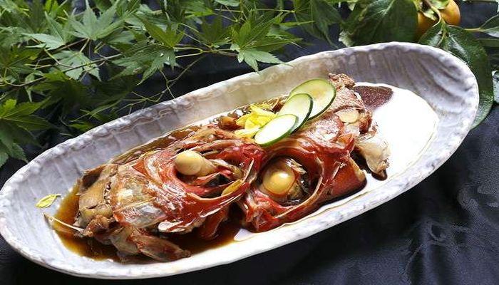 金目鯛の兜煮