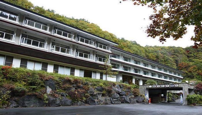 含鉄泉の温泉が楽しめる宿|長野県 横谷温泉旅館 | 旅行にいくなら!