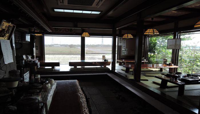 福寿庵の店内