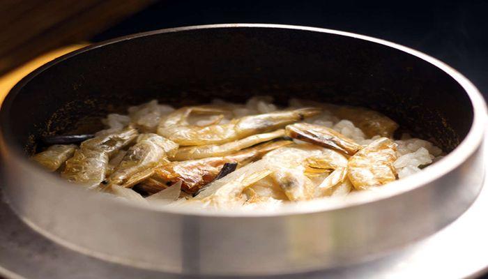 白海老の釜飯
