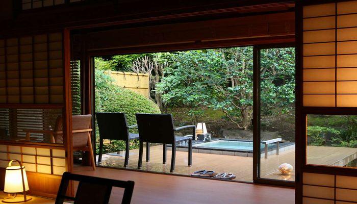 こちらは庭園露天風呂付き客室 ...