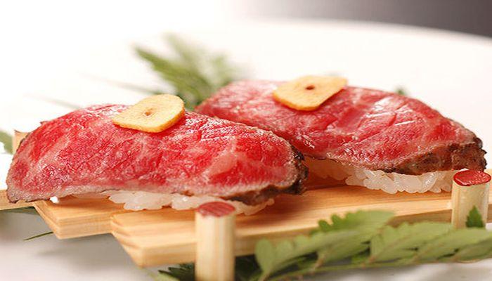 鳥取和牛の炙り寿司