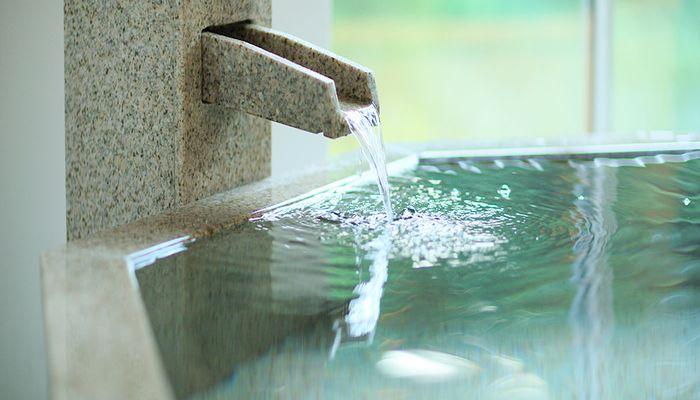 源泉掛け流し温泉