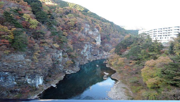 紅葉の鬼怒川渓谷