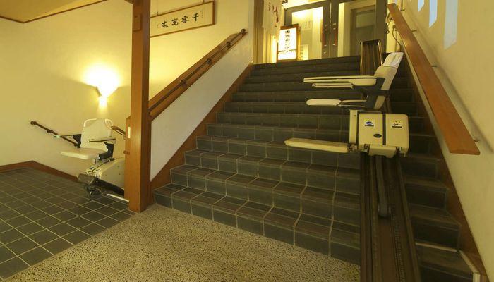 電動椅子式階段昇降機
