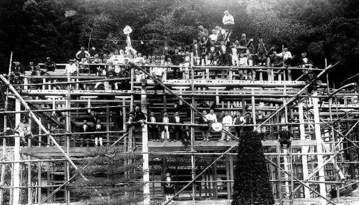 建設中の斉月楼(昭和9年)