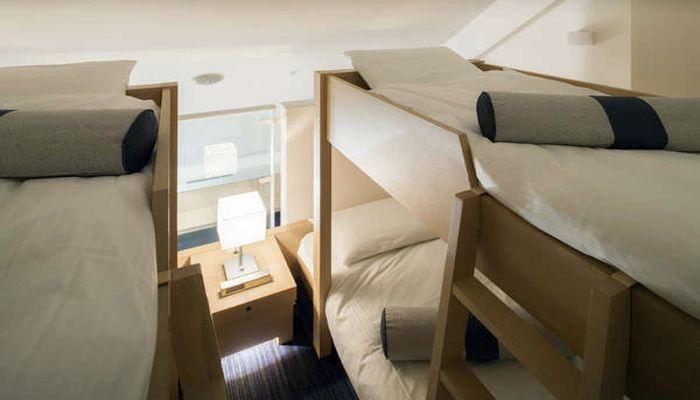 部屋 二段ベッド