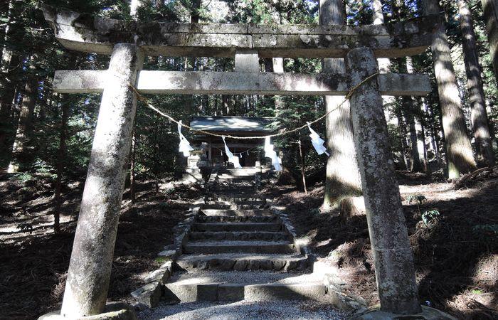 二の鳥居(賀蘇山神社)