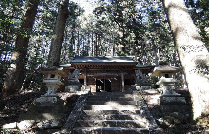 賀蘇山神社(本殿)