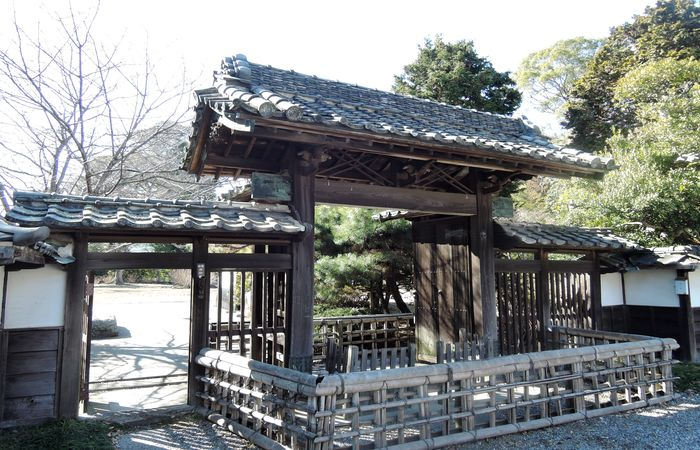 旧河野邸(門)