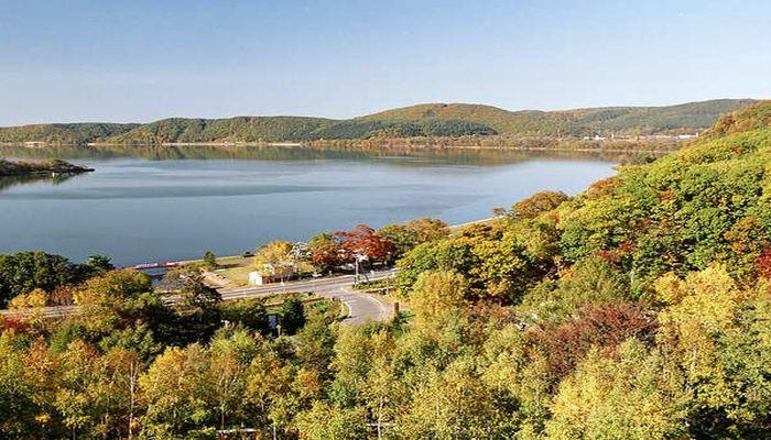 紅葉の網走湖