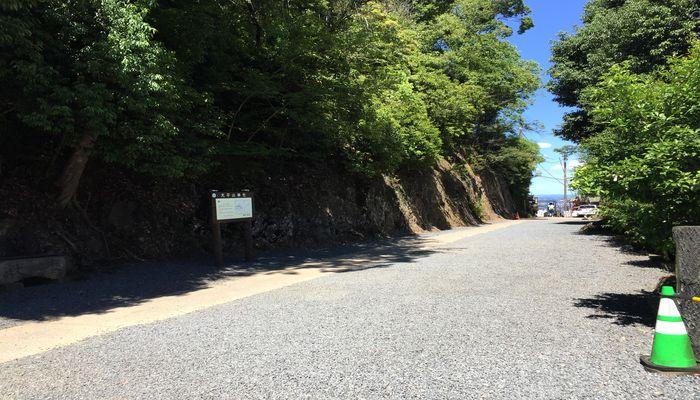 境内から茶店の通路