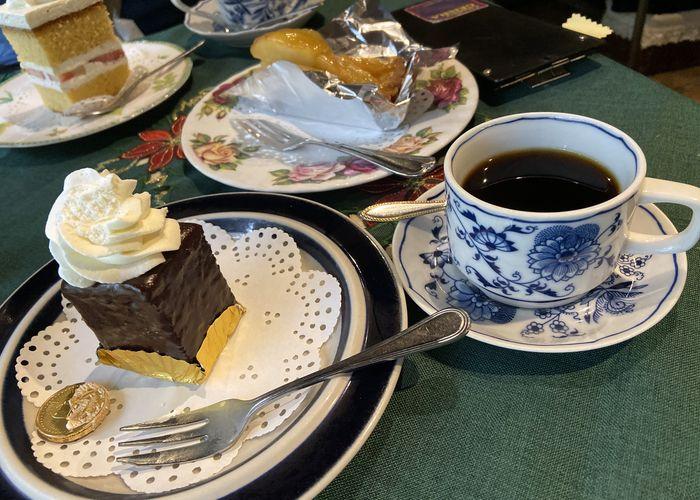コーヒーとケーキ|サザコーヒー本店
