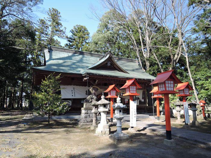 高椅神社の境内