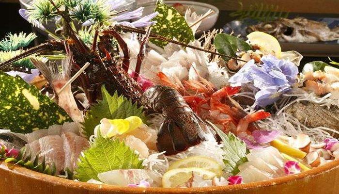 魚介類の桶盛り