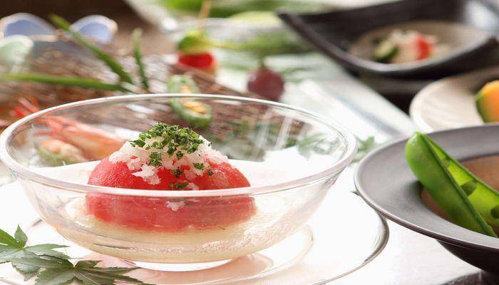 トマトと玉ねぎの酢の物