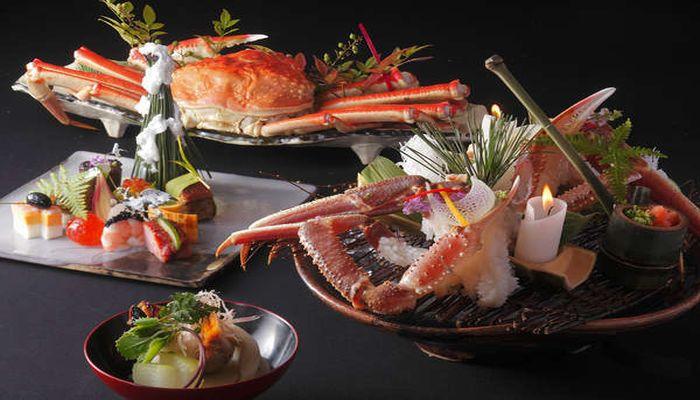 松葉ガニ尽くしの創作料理
