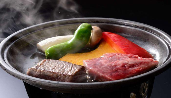 黒毛和牛の陶板焼きステーキ