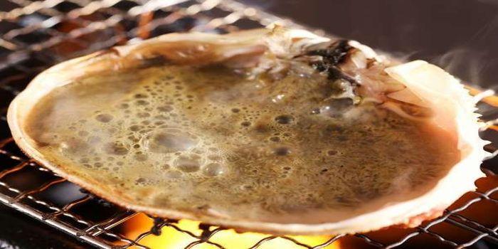 カニの甲羅味噌焼き